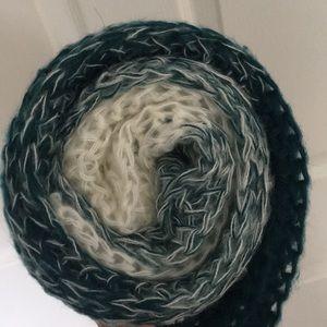 Prana scarf, NWT